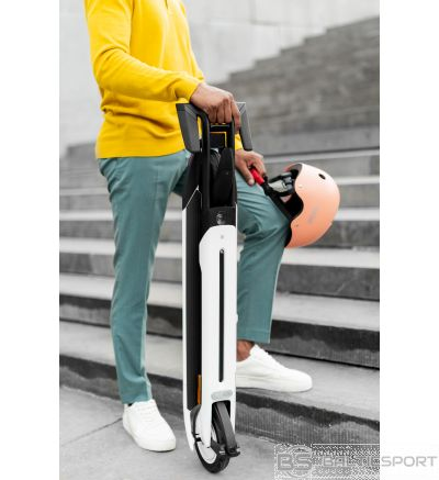 Segway Ninebot KickScooter AIR T15E Powered by Segway, Electric scooter, 300 W, 7.48 '', 20 km/h, IPX4 protection class; Foldable body; Cruise control function, 12 month(s), Grey
