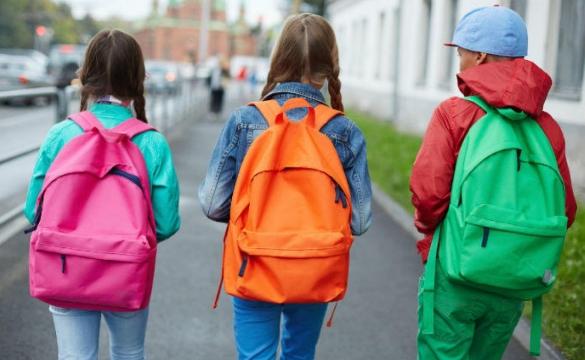 Kā izvēlēties mugursomu skolai ?
